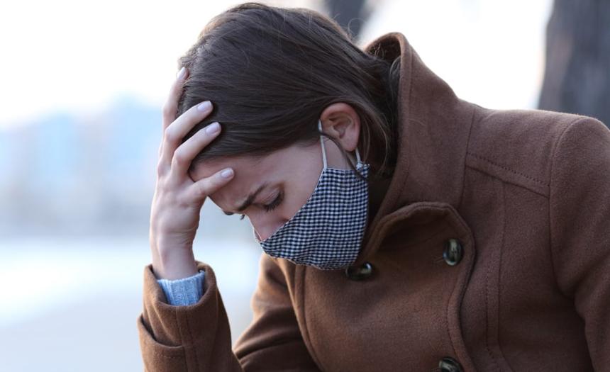 Depresión afecta al 52 % de los recuperados de la COVID-19, señala estudio de EUA