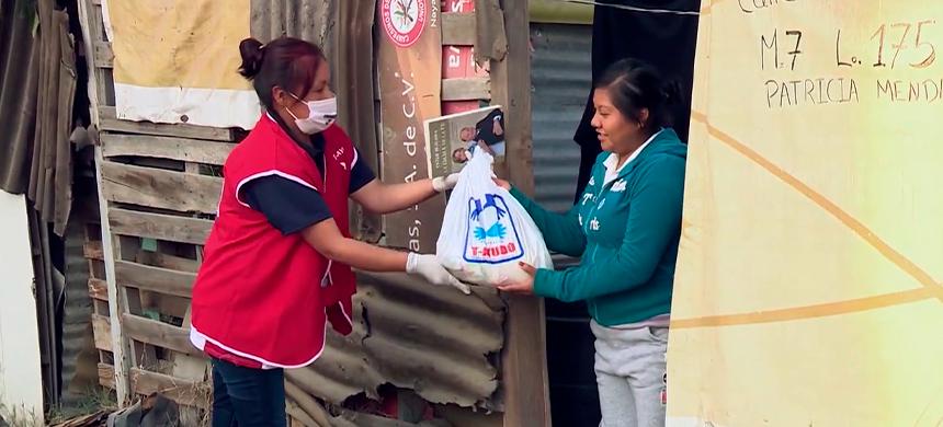 En situación de pobreza, los habitantes de la colonia Covadonga reciben ayuda oportuna