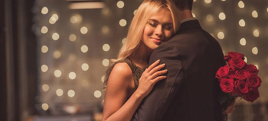 Los 4 gestos más románticos para las mujeres