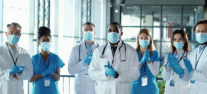 Día del médico: Al frente de la guerra en contra del COVID-19
