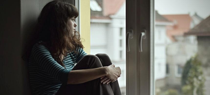 Joven influencer se suicida después de que su prometido la abandonó