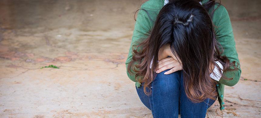 Una joven se suicida después de hacer una encuesta en su red social