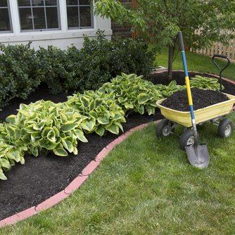 landscaping property maintenance Universal Cleaners Inc Hamilton