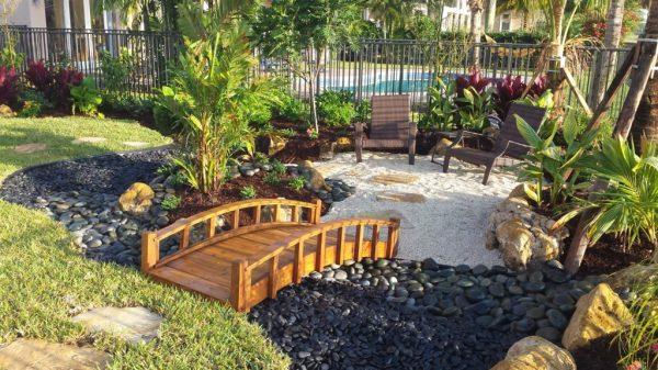 asian style garden tropical