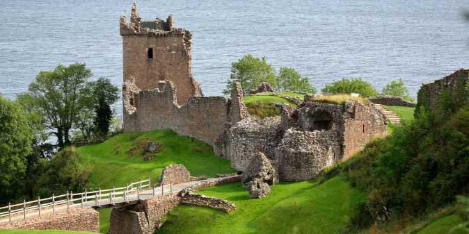 Castle1_24x12opt.jpg