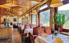 Hotel Restaurant View2