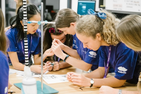 Uow Universe Stem Camp Girls 2019