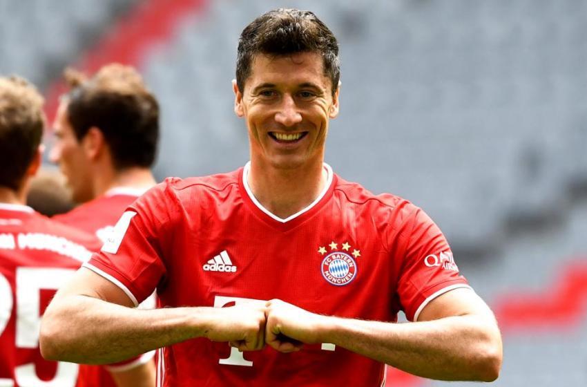 Football : Robert Lewandowski élu joueur de l'année en Allemagne