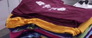 Read more about the article Comment créer des t-shirts personnalisés en petite quantité ?