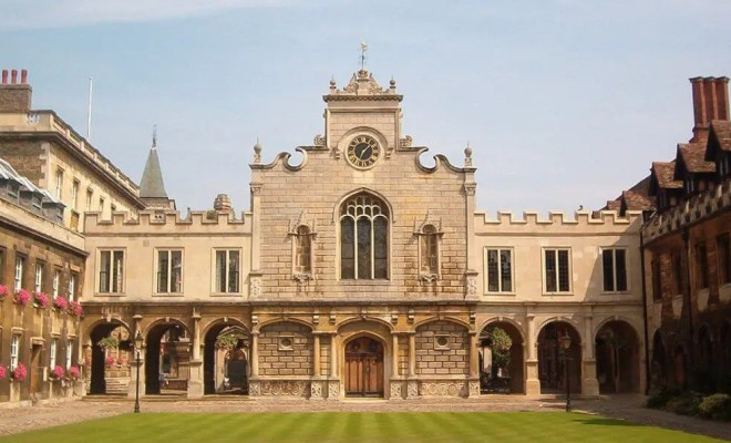 Public vs. Private Universities