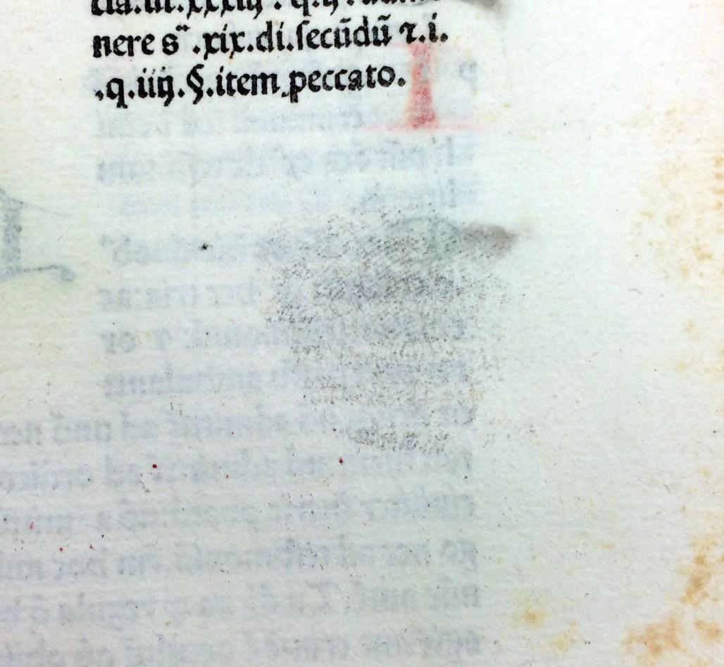 "Inky fingerprint in Gratianus' ""Decretum"" (Sp Coll Hunterian Bw.1.12)"