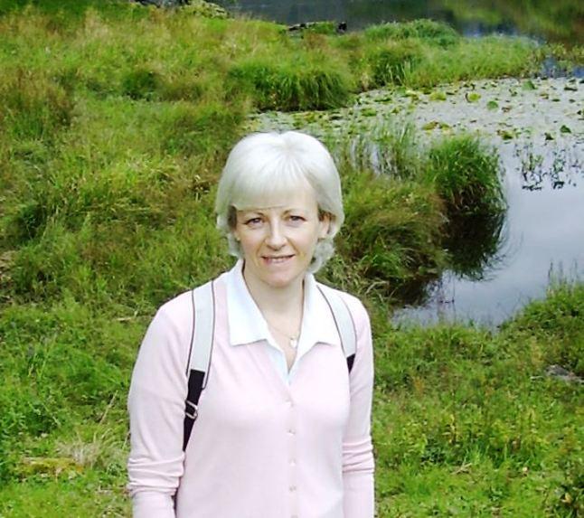 Dr Maureen Park