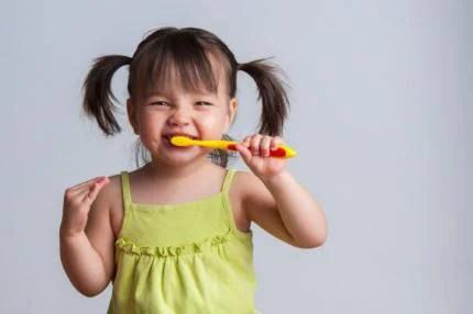 bambina-spazzolino