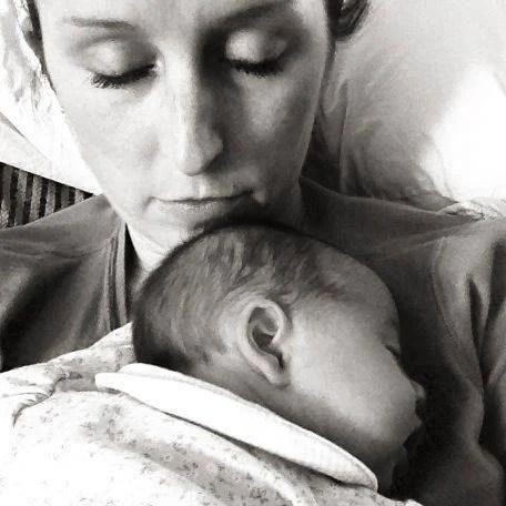 Sarah e la figlia piccola dormono