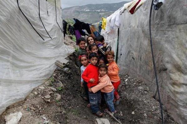 bambini profughi siriani