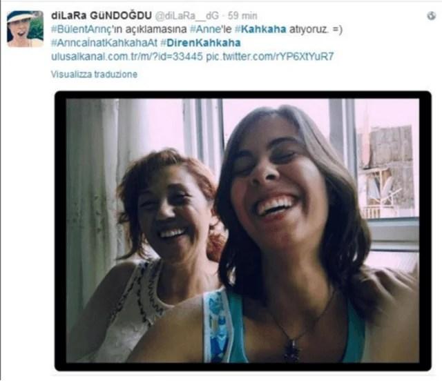 ragazzine sorridono turchia