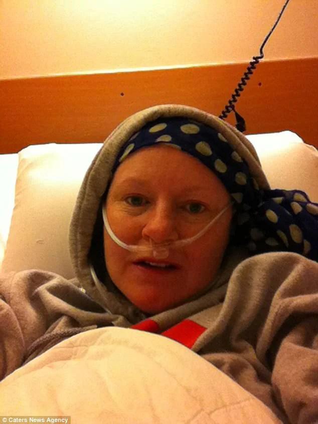 donna col cancro