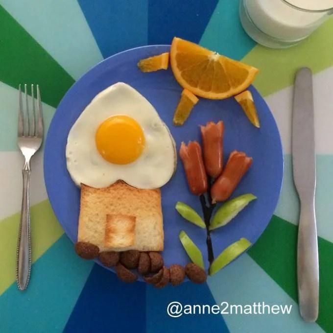 casa con giardino fatta con uova