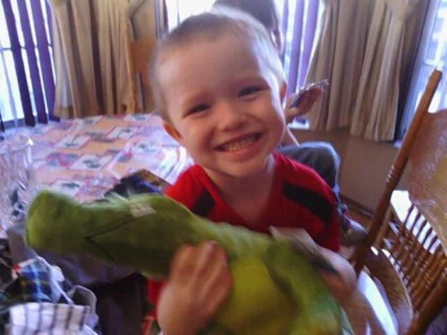 bimbo autistico sorride
