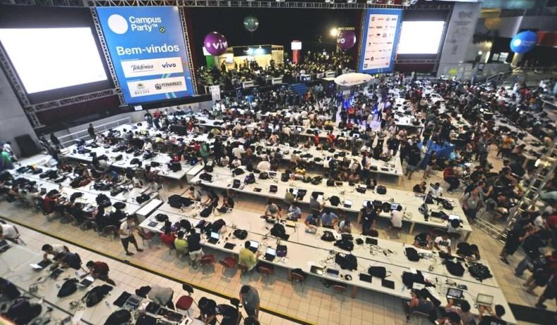Campus Party: Tecnologia, Ciência E Inovação