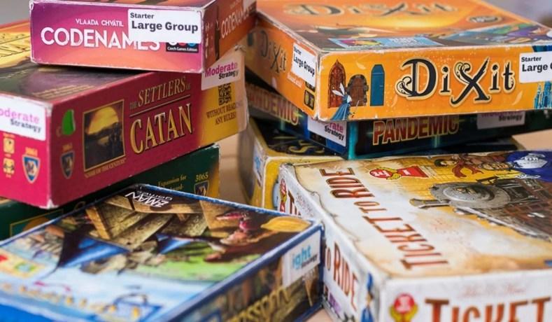 "Board Games, Uma simples partida de ""DAMAS"""