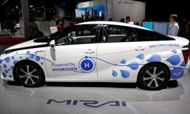 fuel cell car - Agora É A Vez Da Célula a Combustível Sem Membrana Para Alavancar A Tecnologia