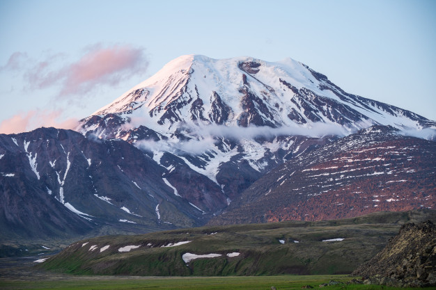 Novo Mineral Que Pode Viabilizar Baterias De Sódio Foi Descoberto na Rússia