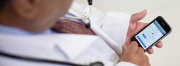 Selfie de médico com paciente está proibida pelo Conselho Federal de Medicina