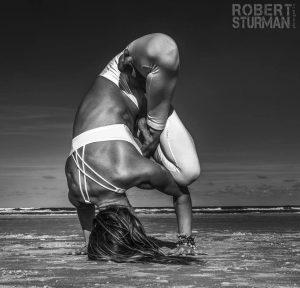 Foto de Robert Sturman sobre yoga