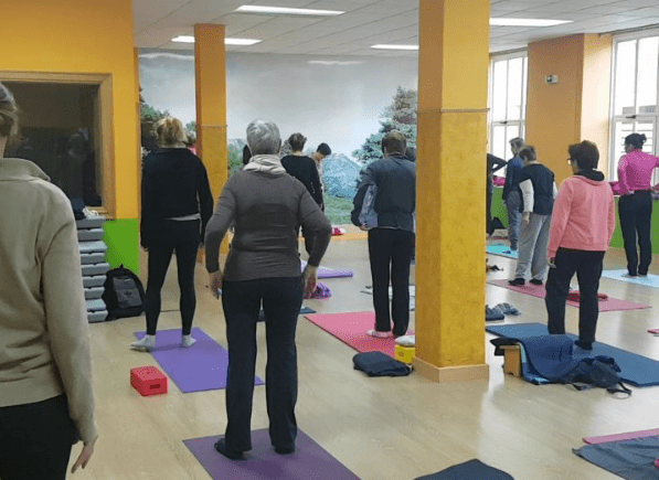 video-grupo-mañanas-yoga-cscoia