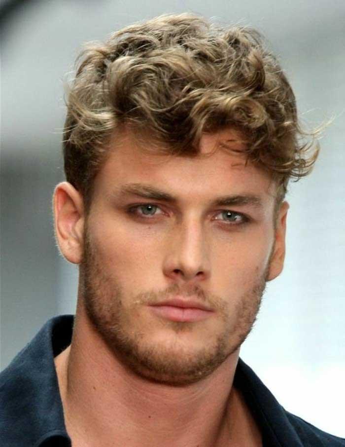 Boucler Ses Cheveux Homme : boucler, cheveux, homme, Comment, Coiffer, Toutes, Astuces, Homme