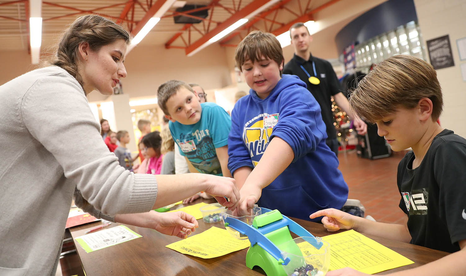 Unk Students Bring Measurement Olympics To Windy Hills