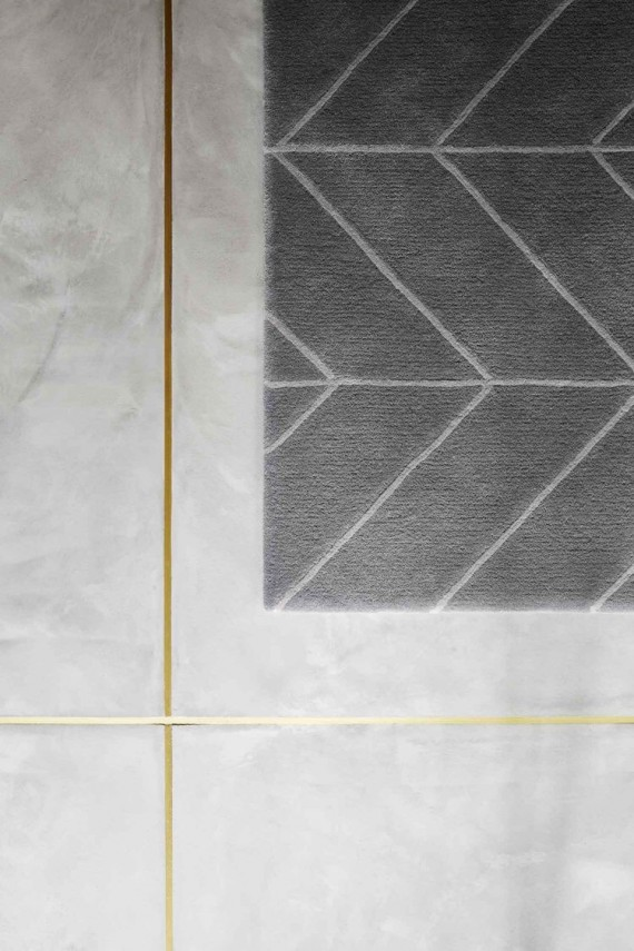 10 LOOKS TO LOVE  GOLD GROUT  INSETS  The Ace Of Space
