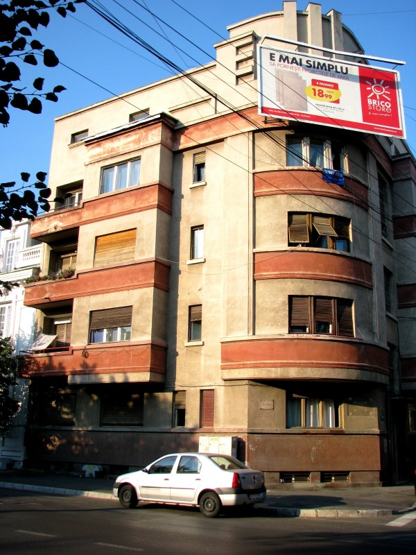 Bucharest Modernism & Art Deco Architecture 25