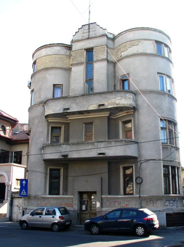 Bucharest Modernism & Art Deco Architecture 25 Uncovered