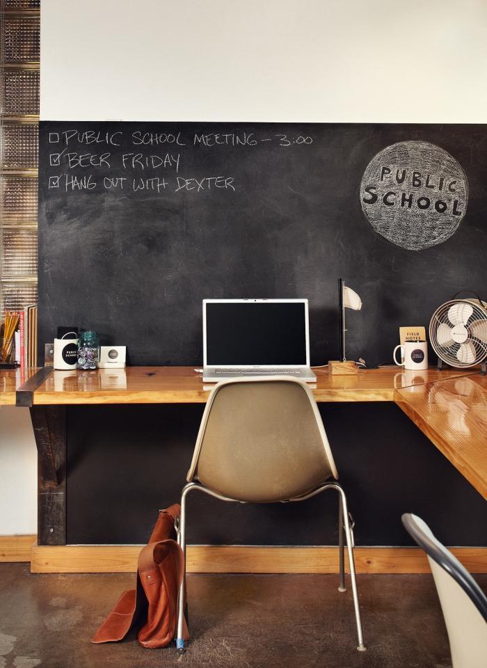diy floating desk. Black Bedroom Furniture Sets. Home Design Ideas
