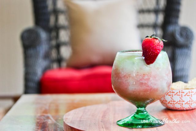 Strawberry and Banana Wine Slushy