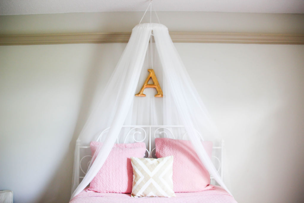 DIY Bed Canopy & DIY Bed Net Canopy - Unlikely Martha