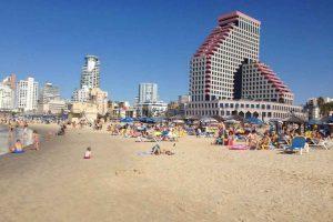 Tel Aviv Travel Guide: 4 Expert Tips For an Authentic Trip