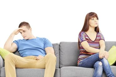 Money Habits of Unhappy Couples