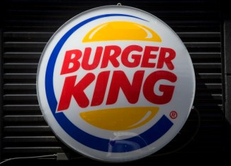 Couple mistakenly gets $2,631 from Burger King drive-thru in NH