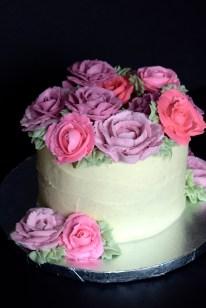 Buttercream Rose Wreath Cake