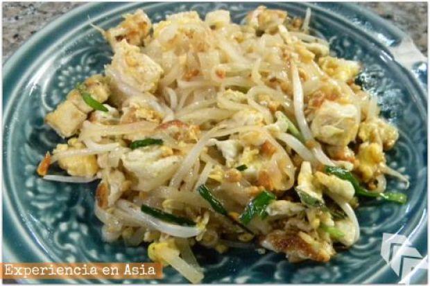 cocinar un pad thai