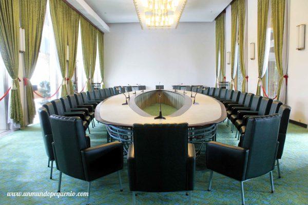 Cabinet Room Palacio de la Reunificación HCMC