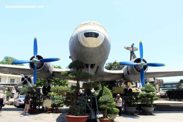 Avión fabricado en la URRS. VN-C482 (Hang Kong Vietnam) Il-14