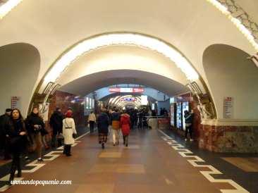 Línea 1 del metro de San Petersburgo