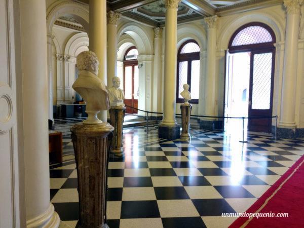 Salón de los Bustos Presidenciales