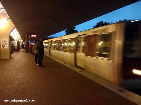 Estación Brookland-CUA del metro de Washington DC