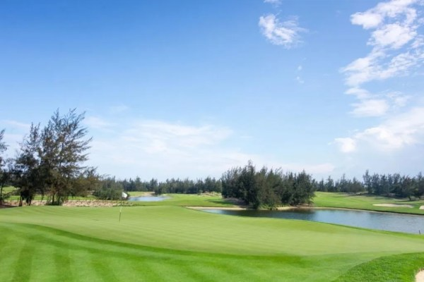 Montgomerie Links Named Vietnam39s Best Golf Course Golfasian