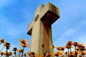 La Corte Suprema dictamina que la cruz histórica en propiedad pública puede quedarse
